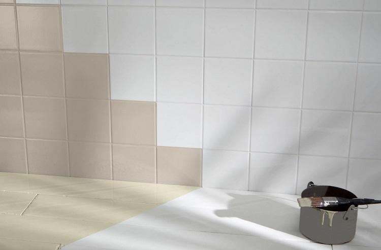 malowanie płytek w łazience