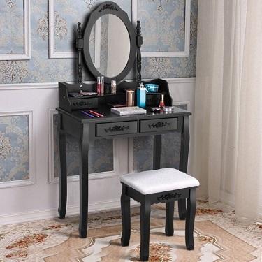 mała toaletka przenośna z owalnym lustrem